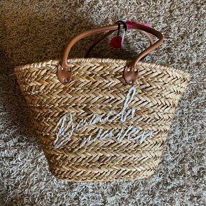 Beach tote / beach basket